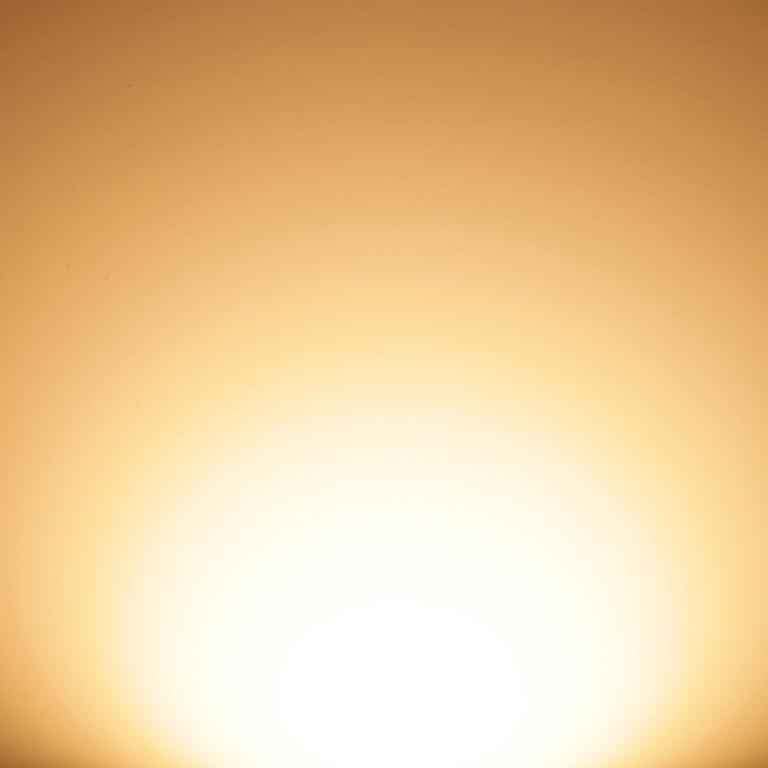Daytime LED Warm White 2.700 K